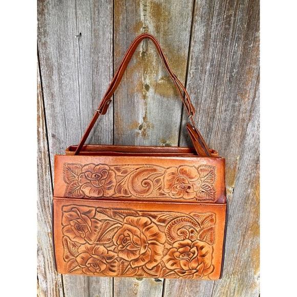 VINTAGE tooled genuine leather floral shoulder bag
